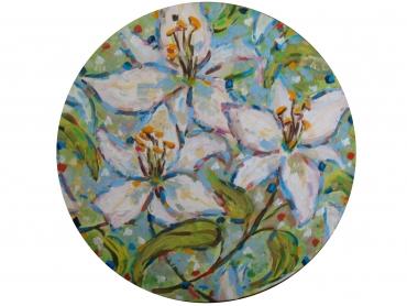 Лилии в кругу